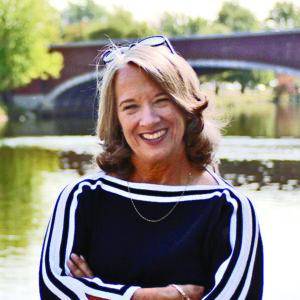 Joanne Leedom Ackerman